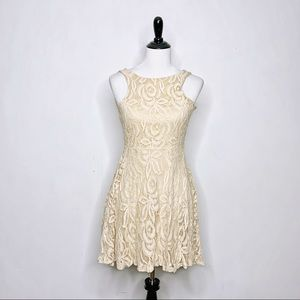 Coveted Clothing lace sleeveless skater dress S